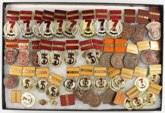 Small collection of 45 awards: - photo 1