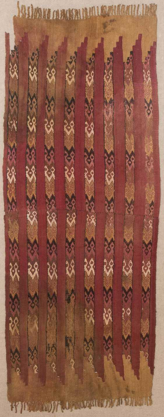 2 textile fragments - photo 2