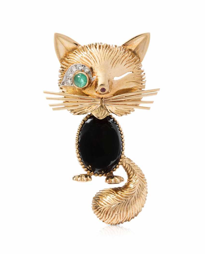 Van Cleef & Arpels Emerald-Rubin-Diamond-Onyx-Brosche - photo 1