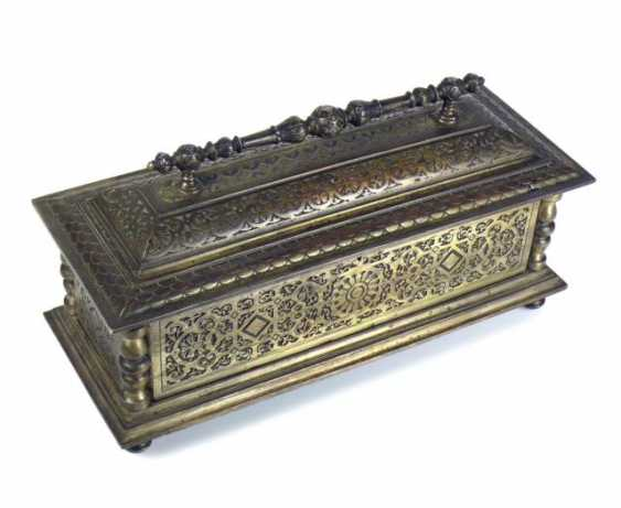 Iron chest - photo 1