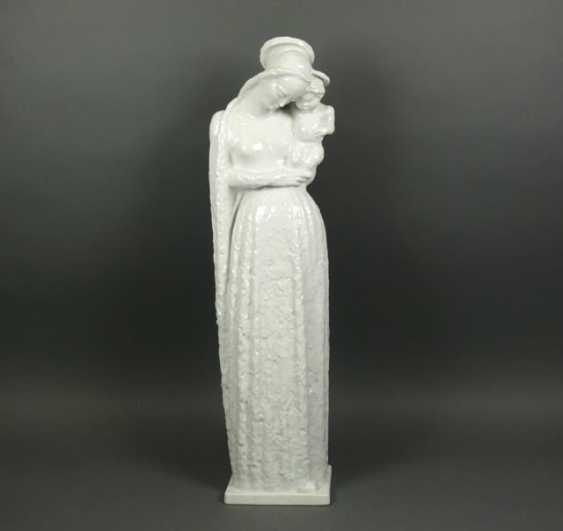 Large Madonna with child - photo 1