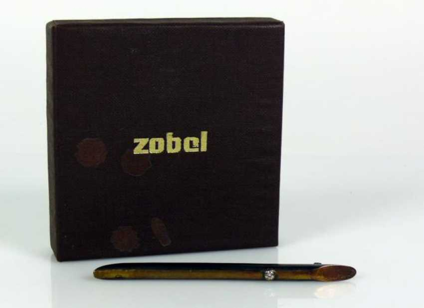 SABLE brooch - photo 1