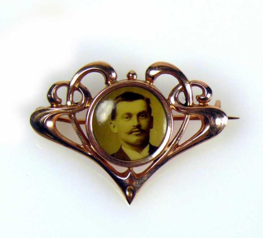 Portrait brooch - photo 1