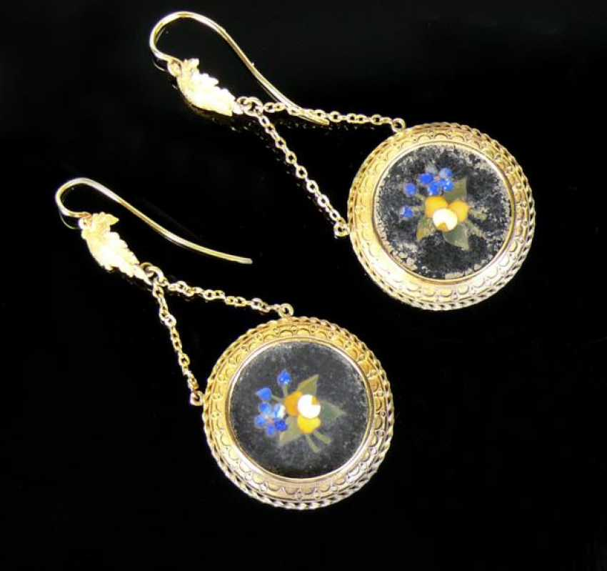 Pair Of Drop Earrings - photo 1