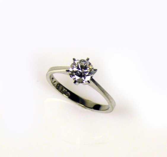 Ladies-Brilliant Solitaire Ring - photo 1