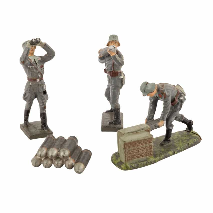 LINEOL three air force soldiers and accessories, 2. World war, - photo 1