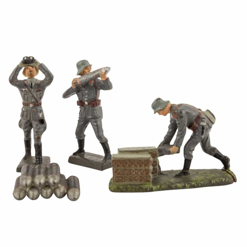 LINEOL three air force soldiers and accessories, 2. World war, - photo 2