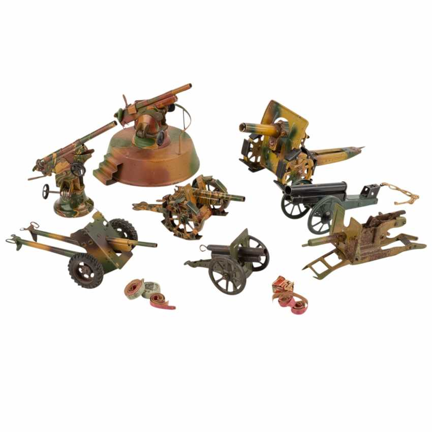 MÄRKLIN/LINEOL, among other things, collection of eight guns, - photo 1