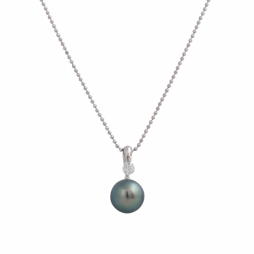 """Necklace with pendant """"Dancing Diamond"""" - photo 2"""
