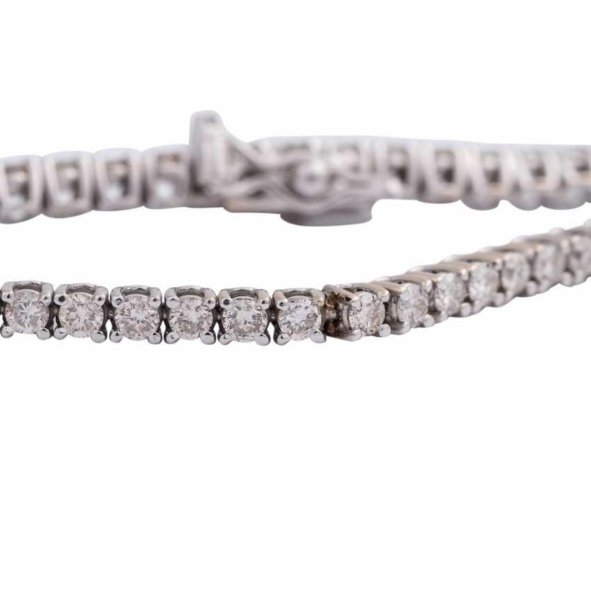 "Bracelet ""tennis band"" with brilliant-cut diamonds, approx 1.7 ct, - photo 3"