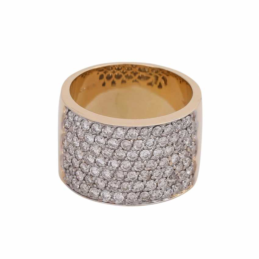 Wide Ring, look, touch side, densely with brilliant-cut diamonds, together CA. 2 ct - photo 1