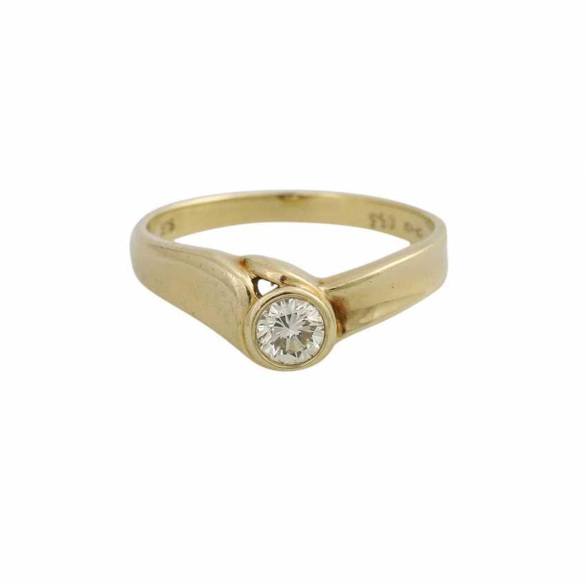 Ring mit 1 Brillant ca. 0,33 ct - photo 1