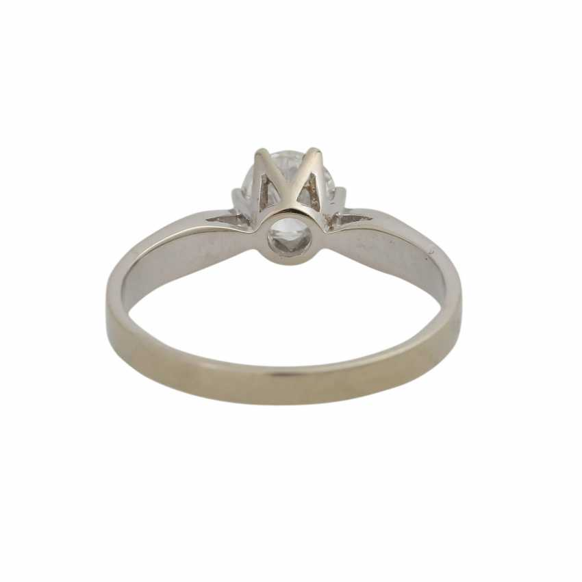 Lot 247  Solitaire ring with 1 diamond approx 0,52 ct from the