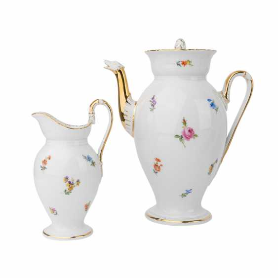 MEISSEN coffee service for 9 people 'scallop edge and scattered flowers', 20. Century. - photo 2