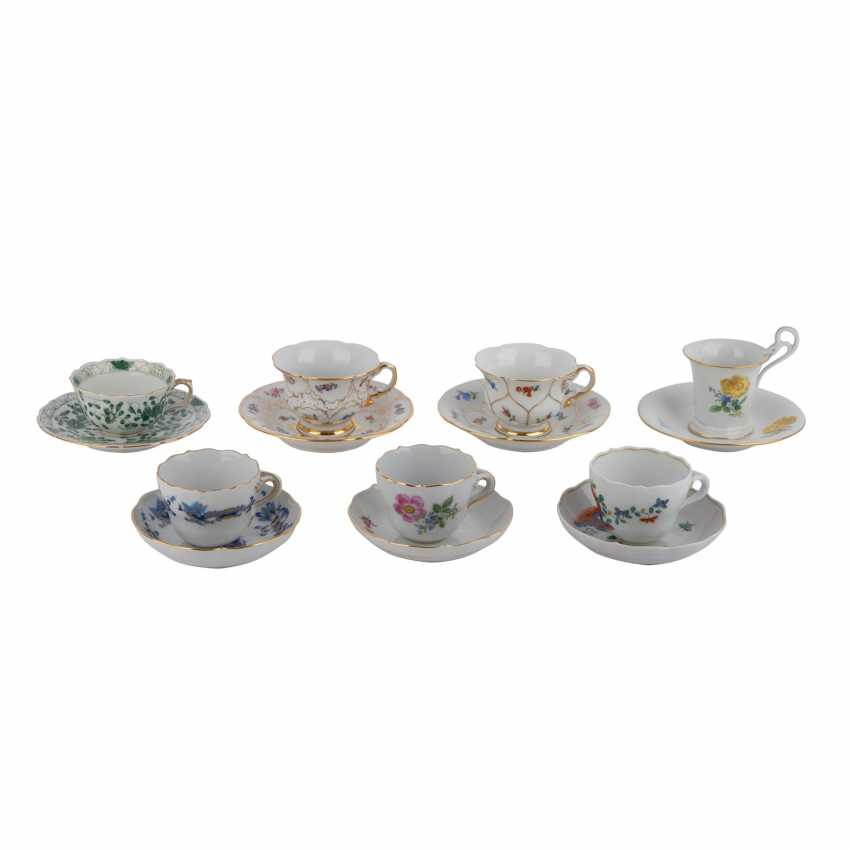 MEISSEN group of 7 mocha cups and saucers, 20. Century: - photo 1