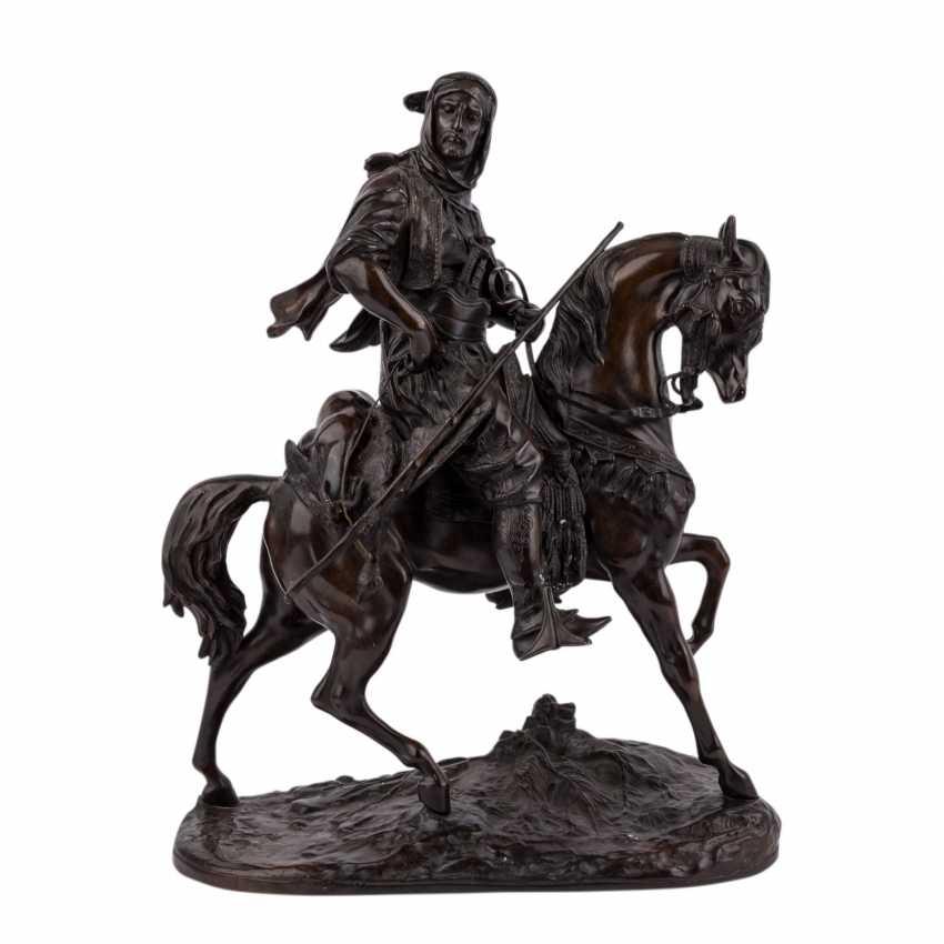"BARYE, ALFRED (1839-1882) bronze sculpture ""Imposing equestrian bronze of a Oriental"" - photo 1"