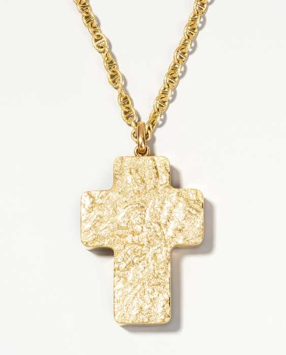 Cross pendant with gold chain - photo 1