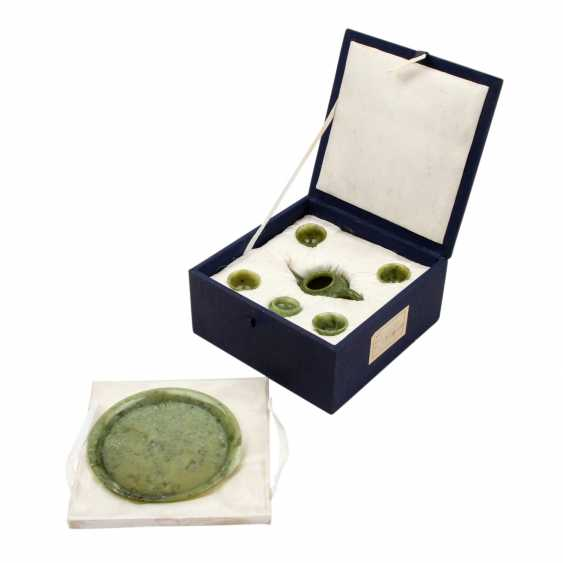 Tea Service made of jadeite. CHINA, 20. Century. - photo 2