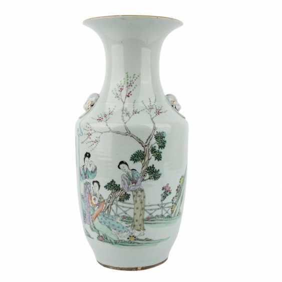 Vase. CHINA, 20. Century. - photo 1