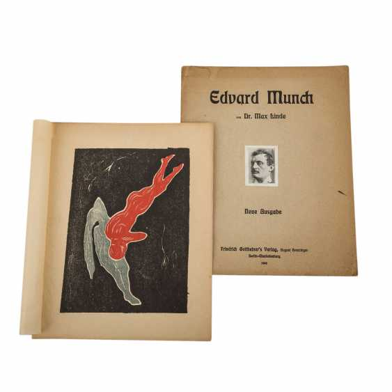 """Linde, Max, EDVARD MUNCH, with inliegendem color woodcut """"Two figures"""", - photo 1"""