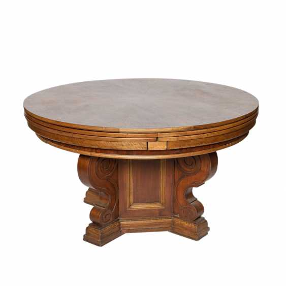 EXTENDABLE TABLE IN THE RENAISSANCE STYLE - photo 1