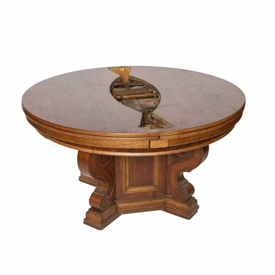 EXTENDABLE TABLE IN THE RENAISSANCE STYLE - photo 3