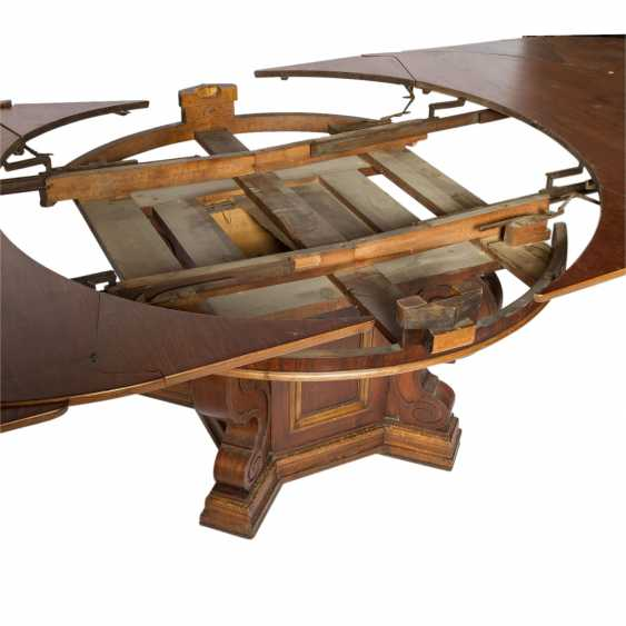 EXTENDABLE TABLE IN THE RENAISSANCE STYLE - photo 4