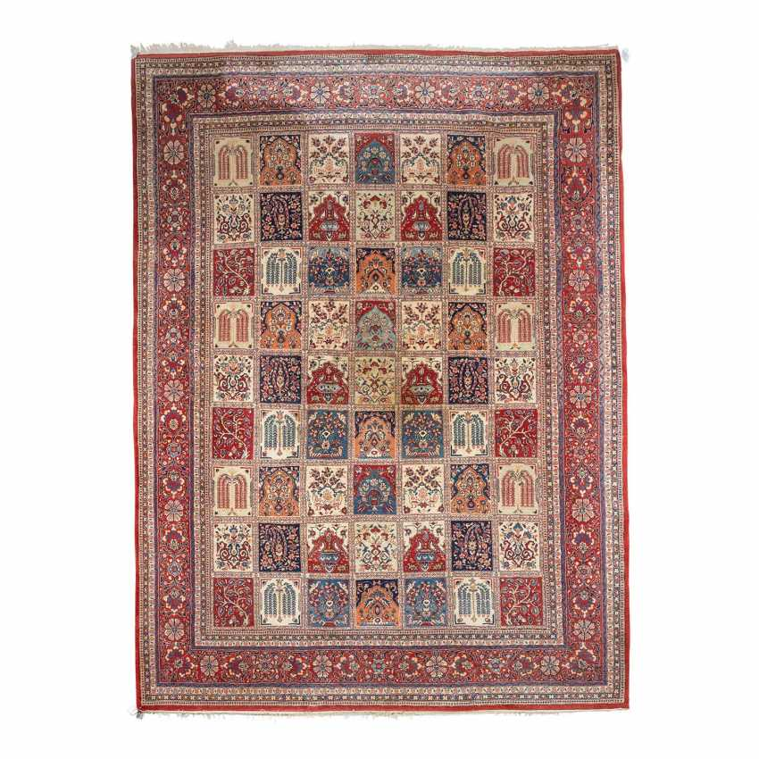 Orient carpet, 20. Century, approx. 363x272 cm. - photo 1