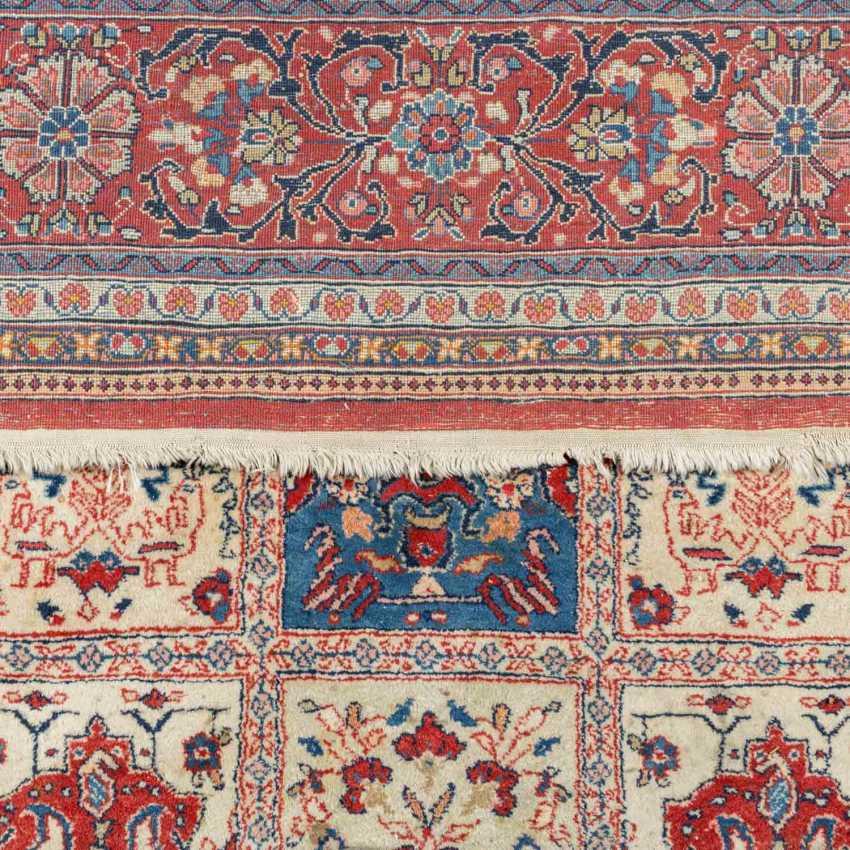 Orient carpet, 20. Century, approx. 363x272 cm. - photo 3