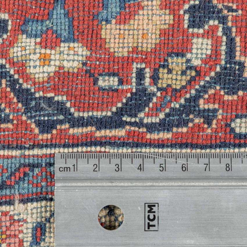 Orient carpet, 20. Century, approx. 363x272 cm. - photo 4