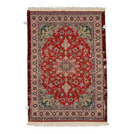 Orient carpet. PERSIA, 20. Century, approx. 144x100 cm. - photo 2