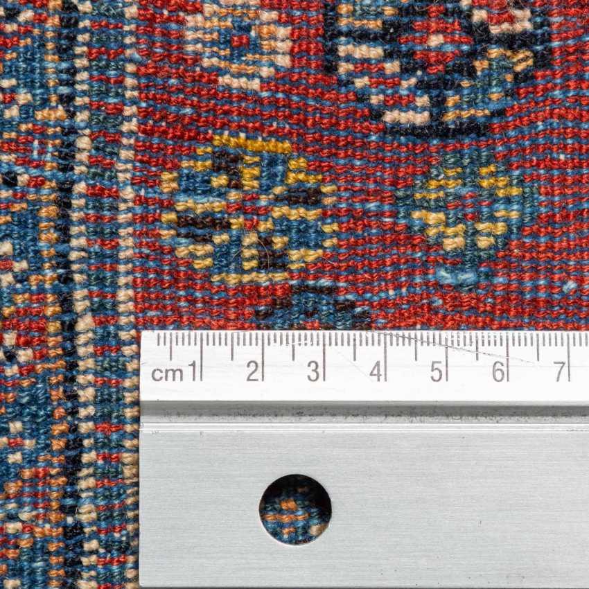 Orient carpet. GASHGAI/PERSIA, around 1900, approx. 492x111 cm. - photo 4