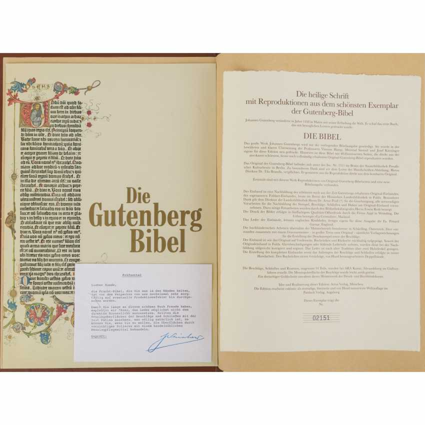 BIBLE OF THE OLD AND NEW TESTAMENT GLORY; THE GUTENBERG BIBLE - photo 1