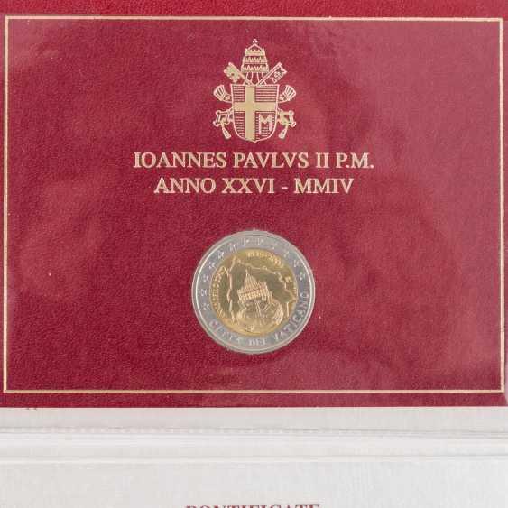 Vatican city - 2004, - photo 2