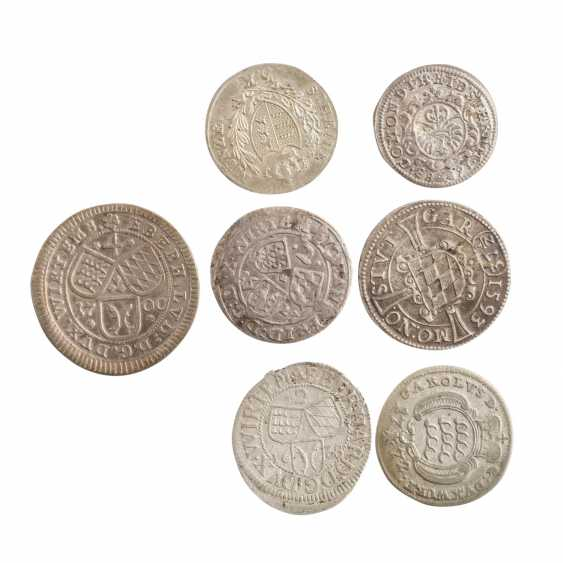 Compilation of small coins, with a focus Württemberg - - photo 2