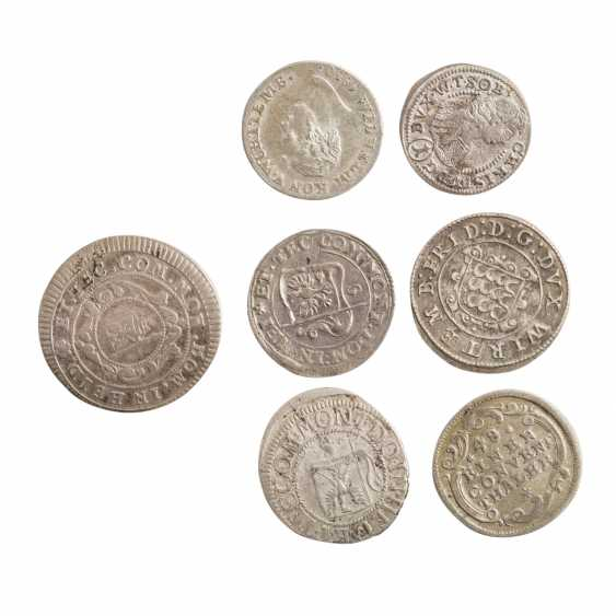 Compilation of small coins, with a focus Württemberg - - photo 3
