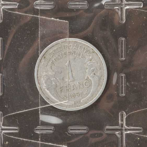 2 albums Switzerland, the German Empire and small coins, as well as Austria, with All the world, - photo 2