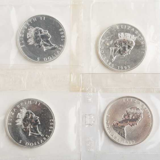 Mixed lot of silver coins and more - - photo 5