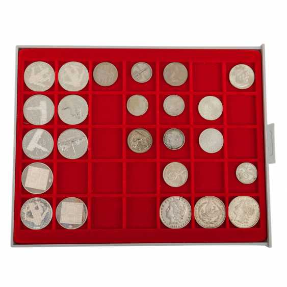 The rest of the collection in two coin cases - THE Commemorative coins, - photo 5