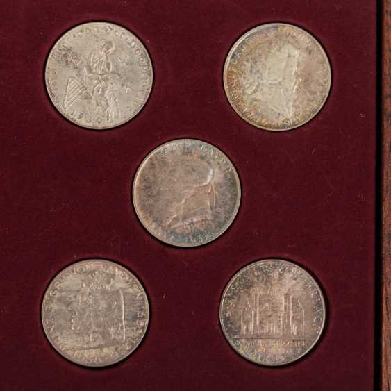 Austria - collection of 10 x 2 shillings, - photo 2