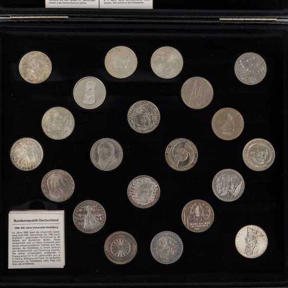 Germany - collection of 43 x 5 DM, from the Germanic Museum, - photo 2