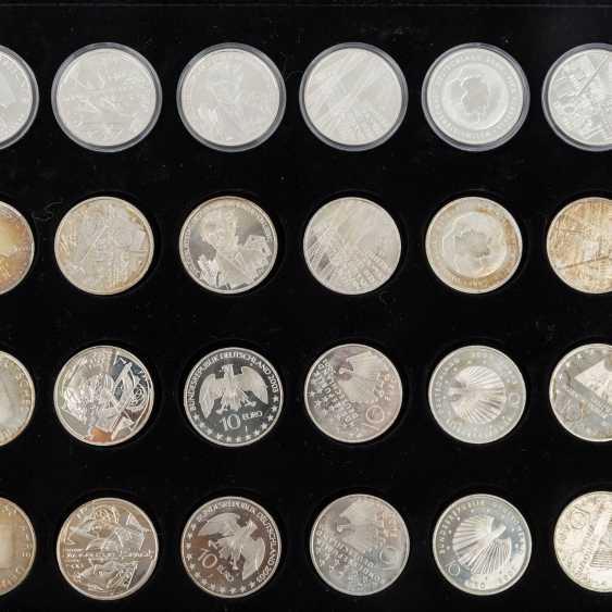 BRD евро - набор 48 x 10 евро из 2001/7, - фото 3