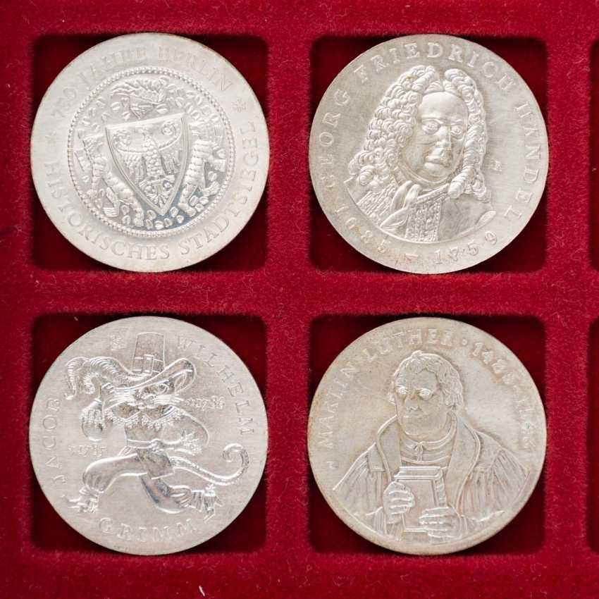 DDR - collection of 20, 10 and 5 Mark commemorative coins, - photo 5