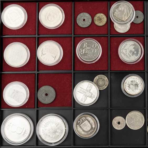 Coin tower with 6 panels, with some SILVER, - photo 3