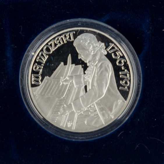 Austria - 12 x 100 shilling, - photo 5