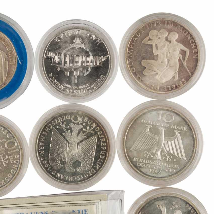 Coin album and loose coins - photo 3