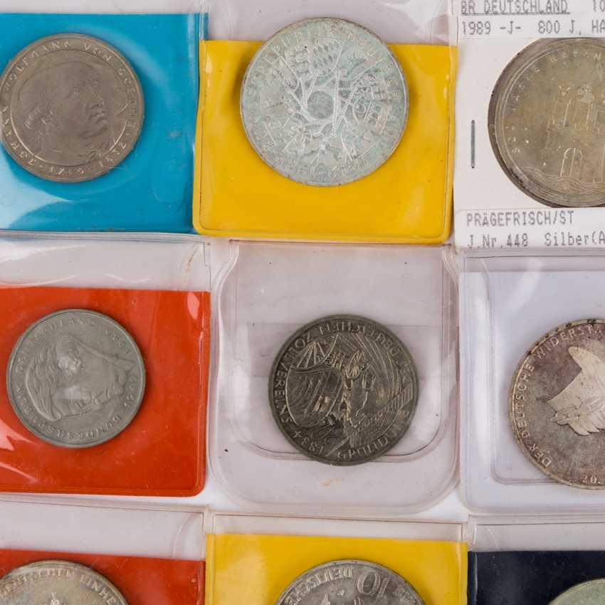 Treasure Trove - Small Box - photo 4