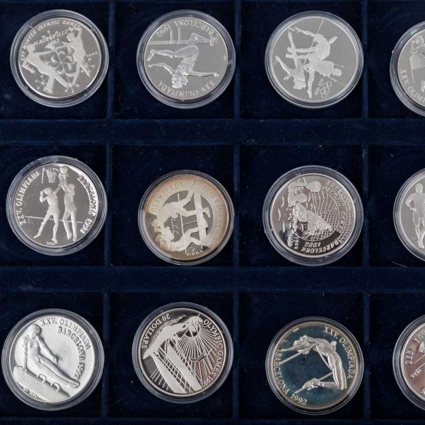 "2 Silver Coin Sets, ""The Olympic Games In 1992"" - - photo 3"