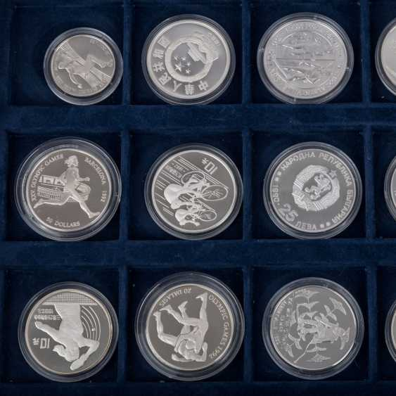 "2 Silver Coin Sets, ""The Olympic Games In 1992"" - - photo 4"