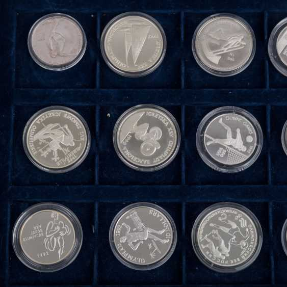 "2 Silver Coin Sets, ""The Olympic Games In 1992"" - - photo 5"